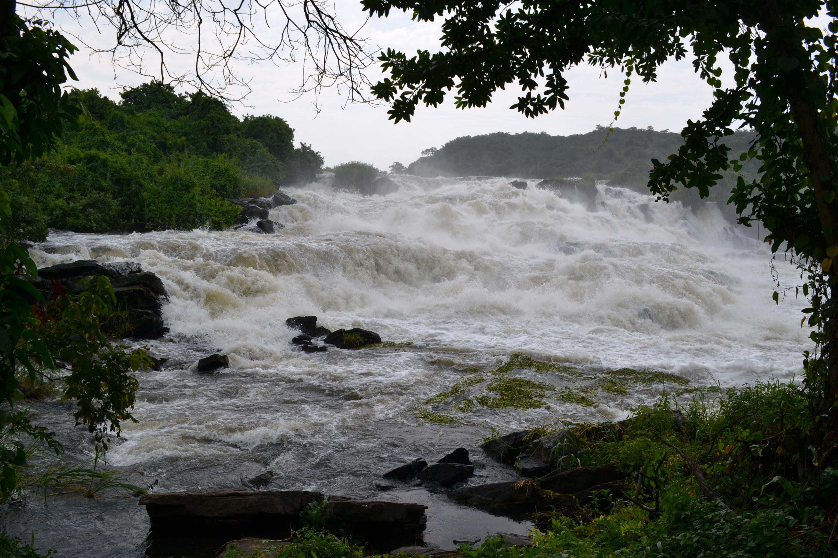 Karuma Waterfalls