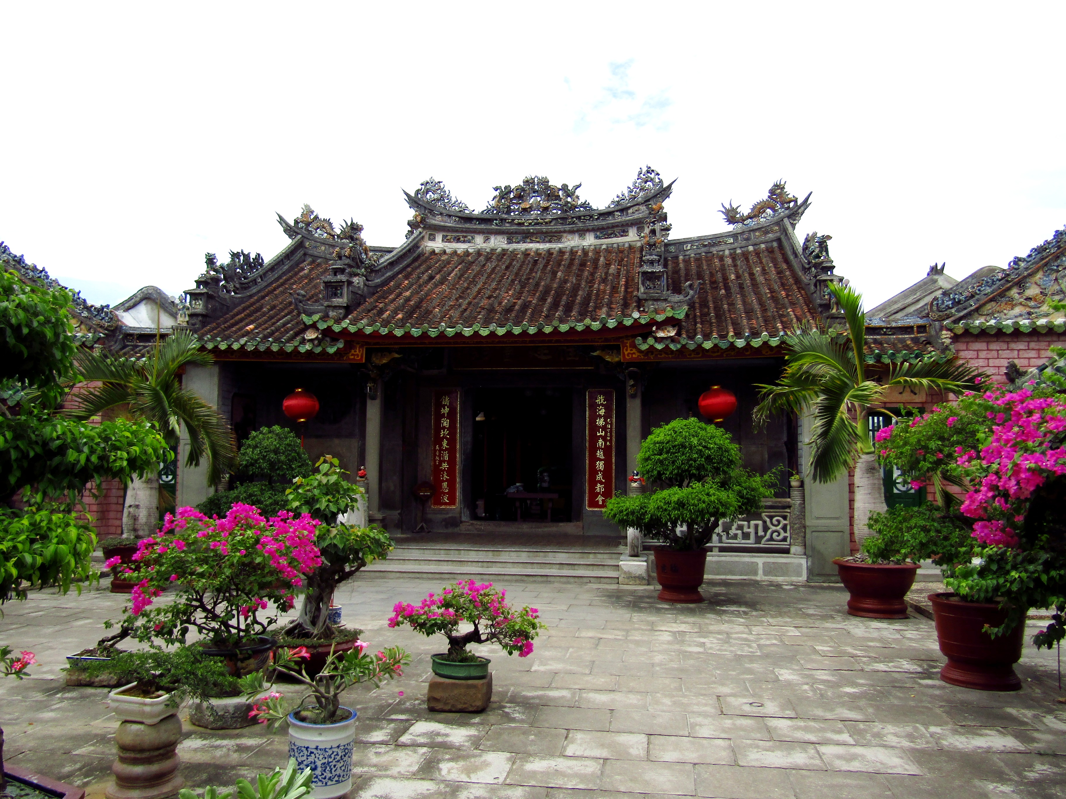 One of the Chinese temples in Hoi An