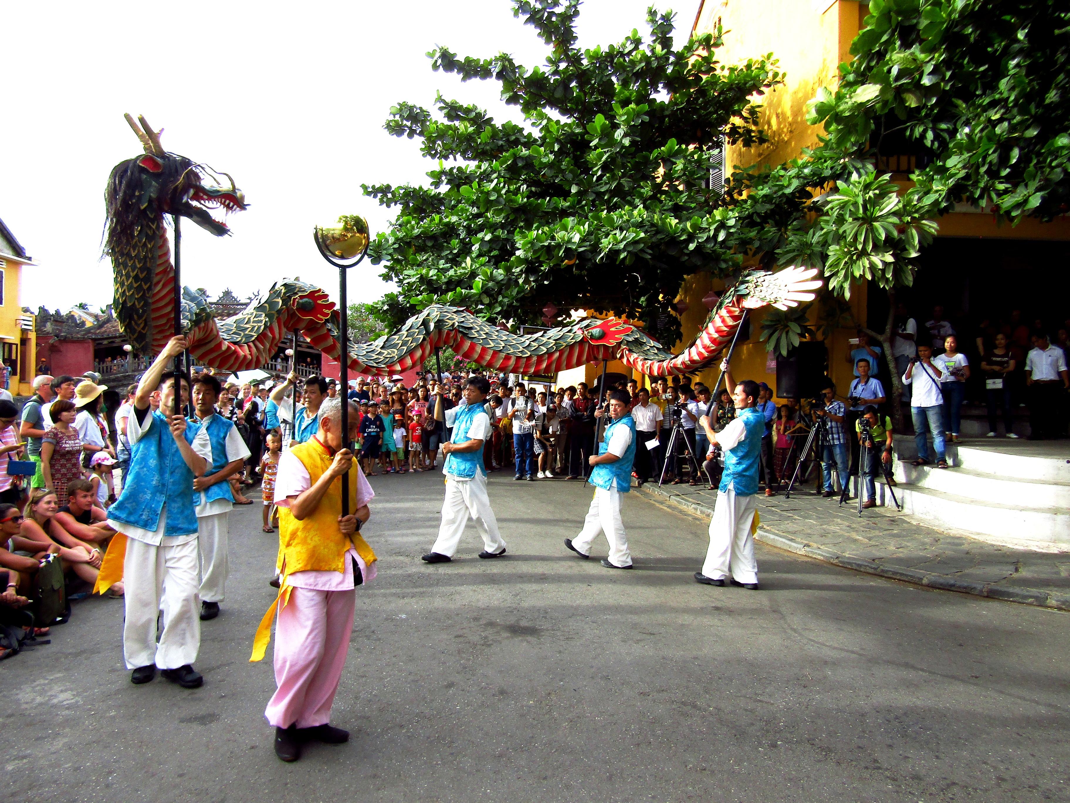 A dragon performance in Hoi An