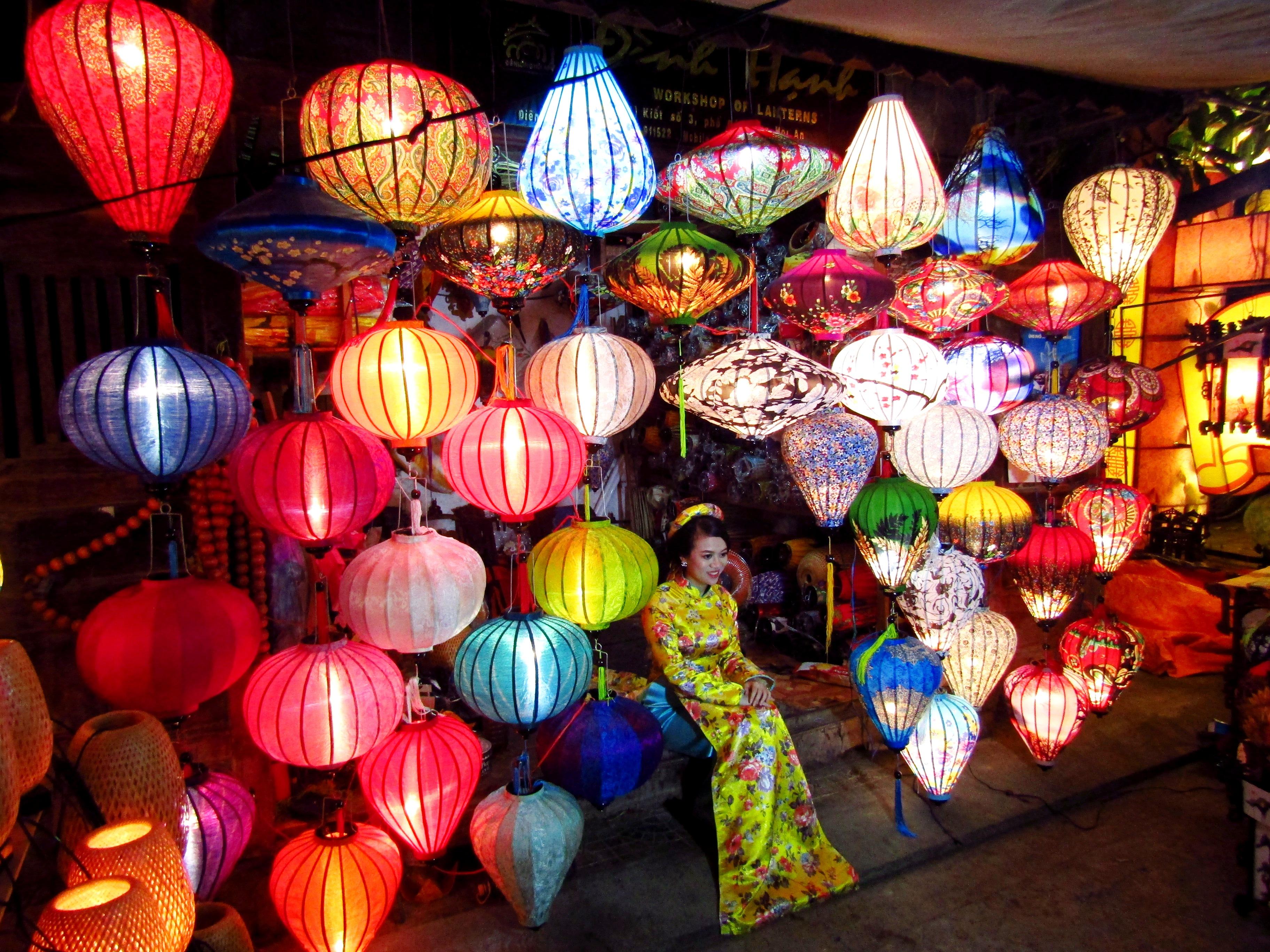 Lanterns make Hoi An a magical place