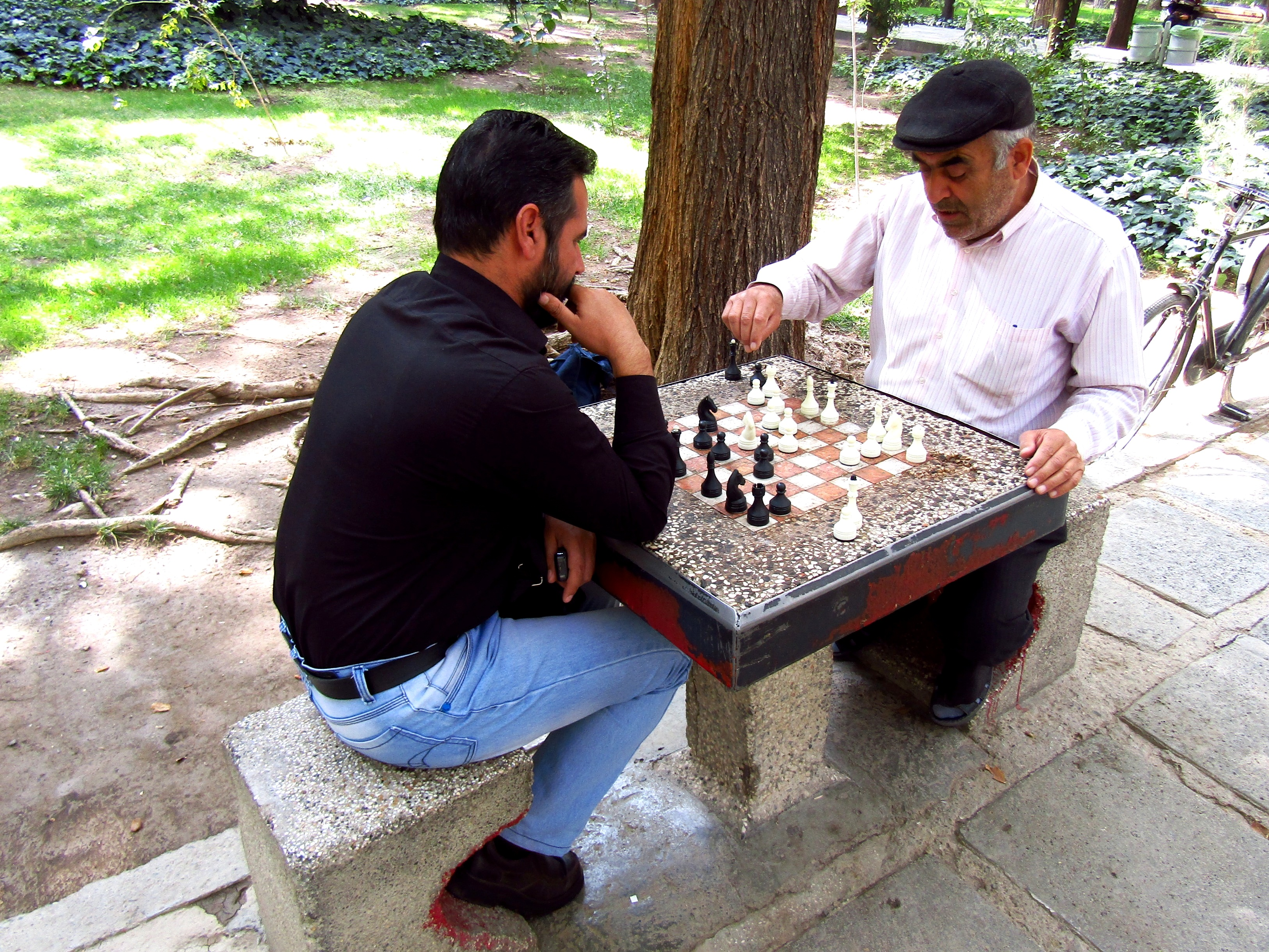 Watching locals engaged in a game of chess